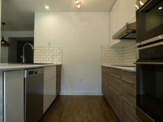 Photo 11: 3028 108 Street in Edmonton: Zone 16 Townhouse for sale : MLS®# E4247142