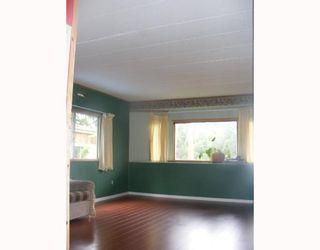 Photo 3: 11 5294 SELMA PARK Road in Sechelt: Sechelt District Manufactured Home for sale (Sunshine Coast)  : MLS®# V715206