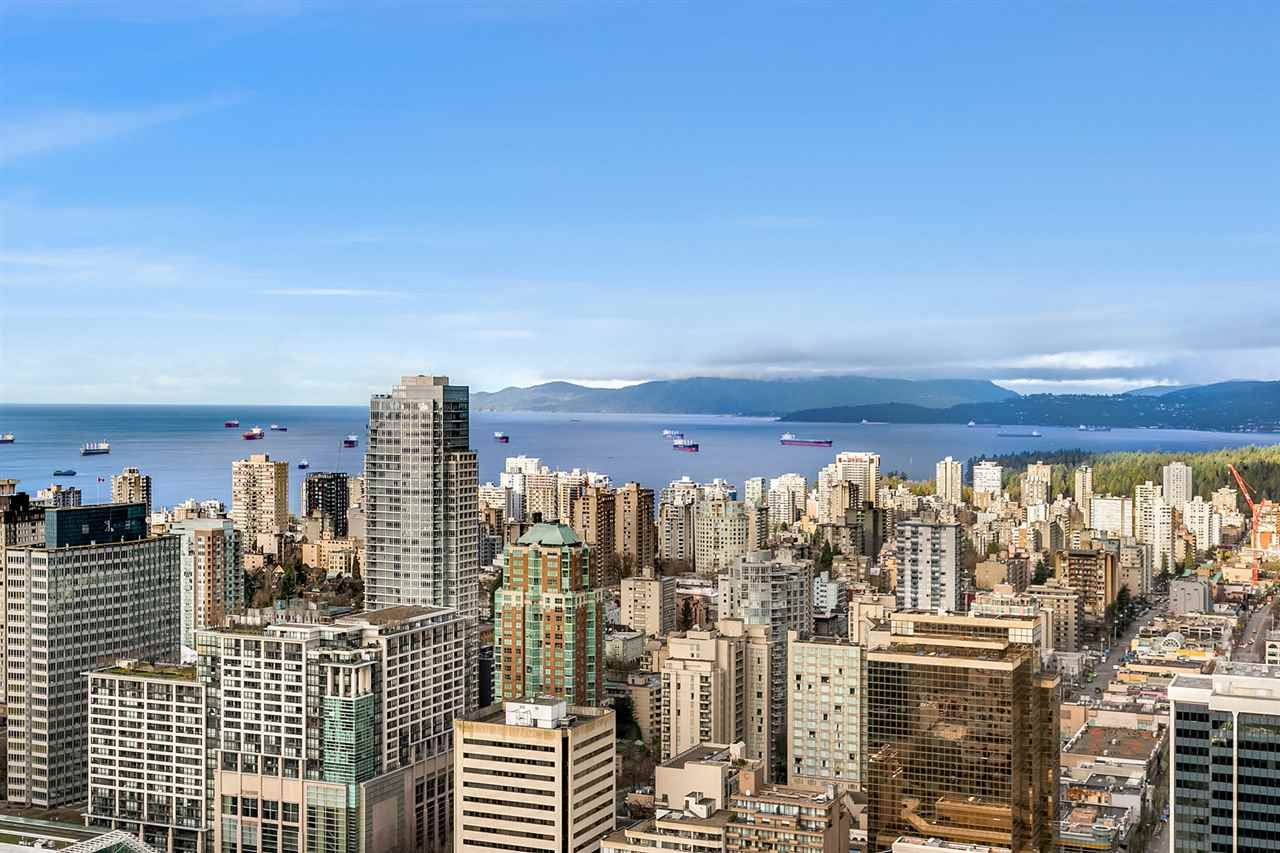 """Main Photo: PH2 777 RICHARDS Street in Vancouver: Downtown VW Condo for sale in """"Telus Garden"""" (Vancouver West)  : MLS®# R2429088"""
