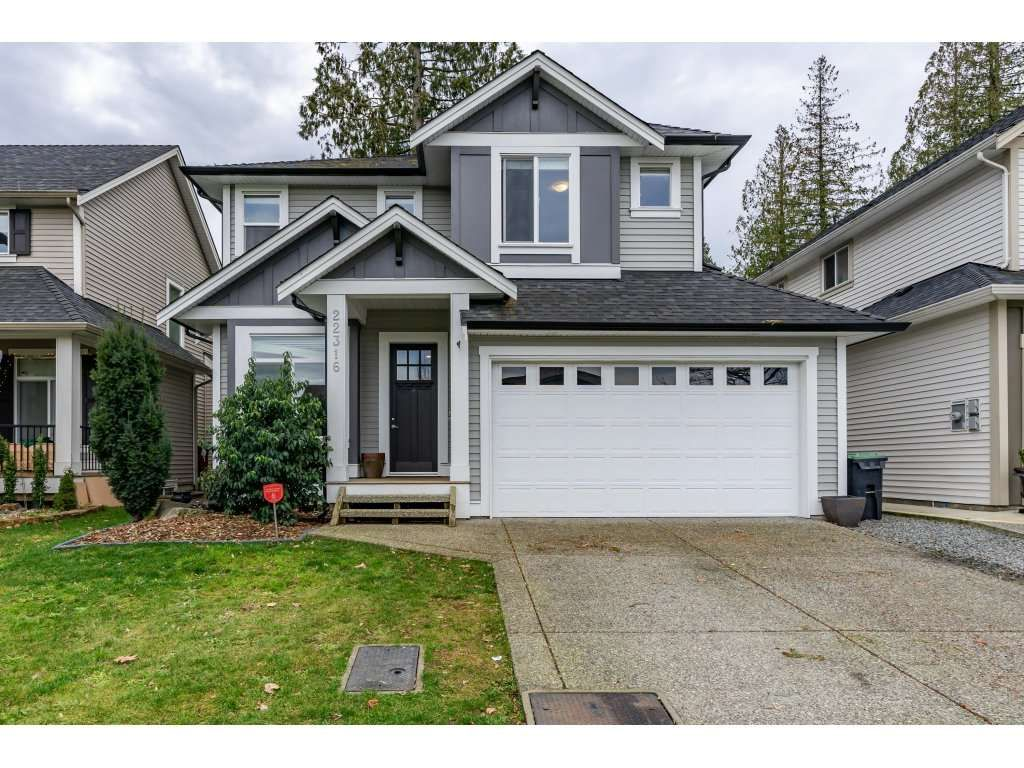 "Main Photo: 22316 50 Avenue in Langley: Murrayville House for sale in ""Hillcrest"" : MLS®# R2329728"