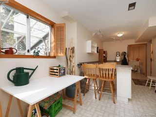 Photo 18: 1790 Fairfax Pl in NORTH SAANICH: NS Dean Park House for sale (North Saanich)  : MLS®# 810796