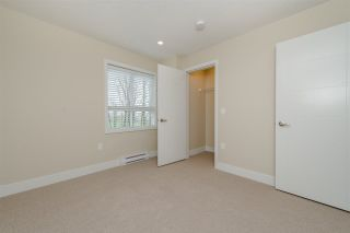 """Photo 13: 17 1968 N PARALLEL Road in Abbotsford: Abbotsford East Townhouse for sale in """"Parallel North"""" : MLS®# R2173432"""