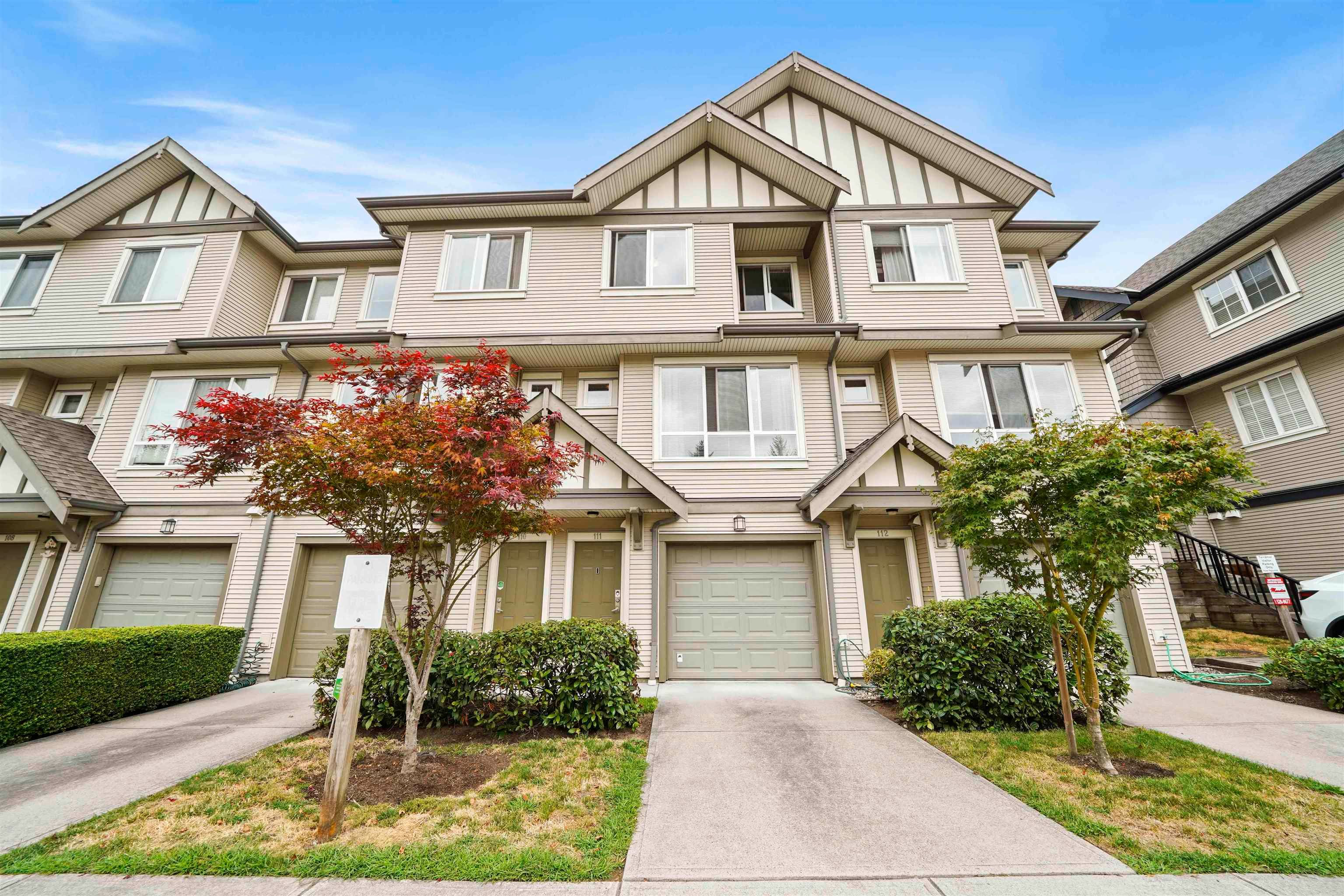 """Main Photo: 111 9088 HALSTON Court in Burnaby: Government Road Townhouse for sale in """"Terramor"""" (Burnaby North)  : MLS®# R2612187"""