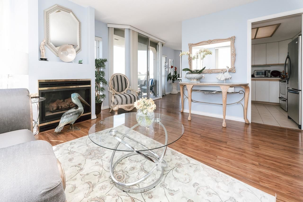 """Main Photo: 505 1135 QUAYSIDE Drive in New Westminster: Quay Condo for sale in """"ANCHOR POINTE"""" : MLS®# R2611511"""