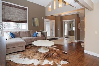Photo 2: 3 Elmont Rise SW in Calgary: Springbank Hill Detached for sale : MLS®# A1091321