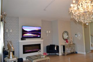 Photo 5: 201 1405 DAYTON Street in Coquitlam: Burke Mountain Townhouse for sale : MLS®# R2480345