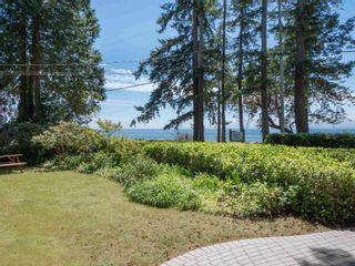Photo 5: 1590 OCEAN BEACH Esplanade in Gibsons: Gibsons & Area House for sale (Sunshine Coast)  : MLS®# R2598013