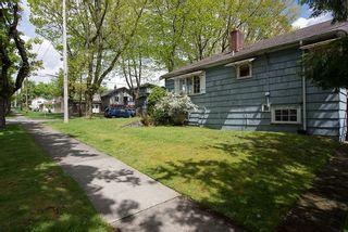 Photo 4: 3504 Turner Street in Vancouver: Home for sale : MLS®# V1064126