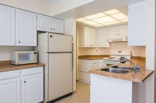 """Photo 6: 3313 FLAGSTAFF Place in Vancouver: Champlain Heights Townhouse for sale in """"COMPASS POINT"""" (Vancouver East)  : MLS®# R2074045"""