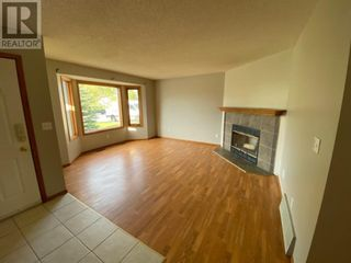Photo 2: 190 Park Drive in Whitecourt: House for sale : MLS®# A1083063