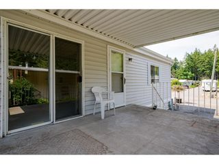 """Photo 23: 228 20071 24 Avenue in Langley: Brookswood Langley Manufactured Home for sale in """"Fernridge Park"""" : MLS®# R2600395"""