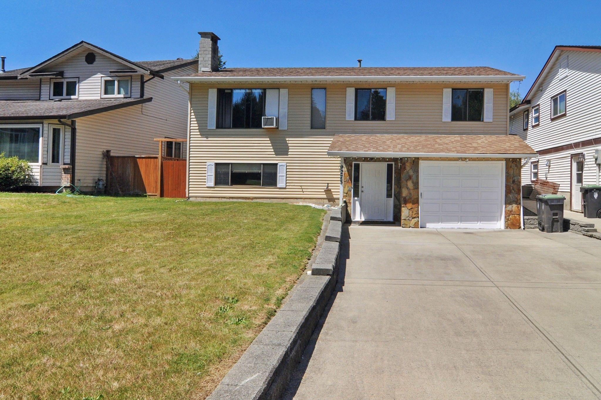 "Main Photo: 9275 214B Street in Langley: Walnut Grove House for sale in ""Walnut Grove"" : MLS®# R2534959"