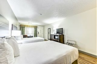 Photo 12: Exclusive Hotel/Motel with property: Business with Property for sale