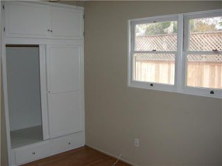 Photo 11: PACIFIC BEACH House for sale : 2 bedrooms : 4276 Lamont