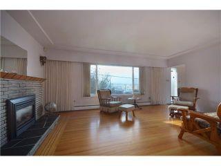 "Photo 4: 3915 WILLIAM Street in Burnaby: Willingdon Heights House for sale in ""WILLINGTON HEIGHTS"" (Burnaby North)  : MLS®# V986116"