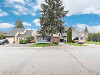 Photo 37: 19418 62 Avenue in Surrey: Cloverdale BC House for sale (Cloverdale)  : MLS®# R2558161
