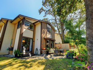 Photo 22: 5 1096 Stoba Lane in : SE Quadra Row/Townhouse for sale (Saanich East)  : MLS®# 851744