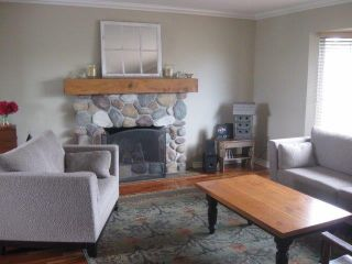 Photo 2: 15910 THRIFT Avenue: White Rock House for sale (South Surrey White Rock)  : MLS®# F1412517