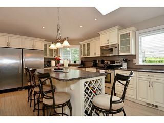"""Photo 8: 13502 14A Avenue in Surrey: Crescent Bch Ocean Pk. House for sale in """"Ocean Park"""" (South Surrey White Rock)  : MLS®# F1432192"""