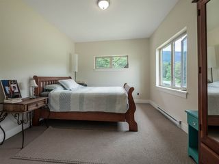 """Photo 18: 1900 PORT MELLON Highway in Gibsons: Gibsons & Area House for sale in """"Williamsons Landing"""" (Sunshine Coast)  : MLS®# R2447913"""