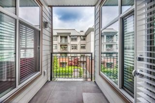 "Photo 18: 301 2343 ATKINS Avenue in Port Coquitlam: Central Pt Coquitlam Condo for sale in ""PEARL"" : MLS®# R2372122"