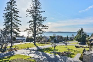 Photo 16: 1155 BALSAM Street: White Rock House for sale (South Surrey White Rock)  : MLS®# R2135110