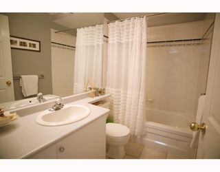Photo 9: 405 2815 YEW Street in Vancouver: Kitsilano Condo for sale (Vancouver West)  : MLS®# V808543