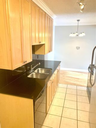 Photo 3:  in Edmonton: Zone 12 Condo for sale : MLS®# E4220993