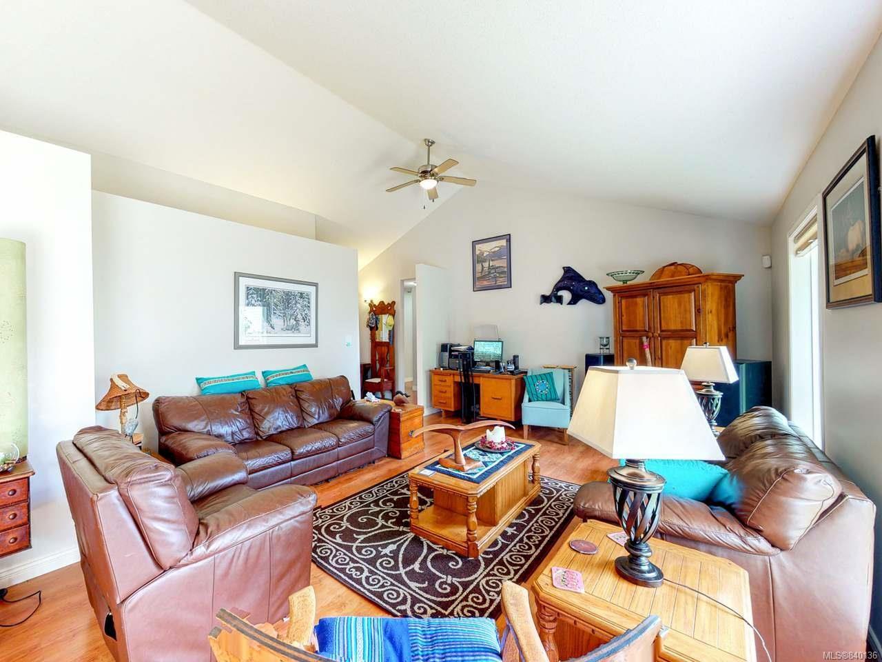 Photo 5: Photos: 5484 W Woodland Cres in PORT ALBERNI: PA Port Alberni House for sale (Port Alberni)  : MLS®# 840136