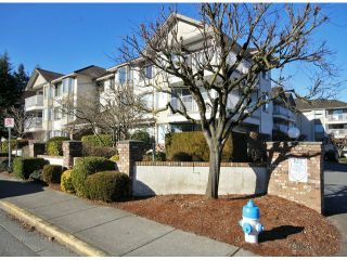 "Photo 2: 107 33401 MAYFAIR Avenue in Abbotsford: Central Abbotsford Condo for sale in ""MAYFAIR GARDENS"" : MLS®# F1402599"