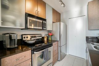 Photo 7: 2806 909 MAINLAND STREET in Vancouver: Yaletown Condo for sale (Vancouver West)  : MLS®# R2507980