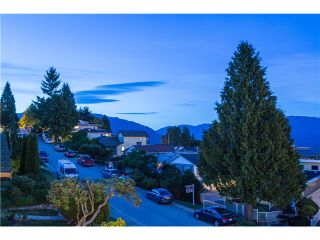 Photo 18: 15 N ELLESMERE Avenue in Burnaby: Capitol Hill BN House for sale (Burnaby North)  : MLS®# V1070757