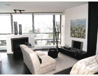 "Photo 1: 1605 501 PACIFIC Street in Vancouver: Downtown VW Condo for sale in ""THE 501"" (Vancouver West)  : MLS®# V730991"