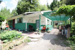 Photo 2: 5452 MATUKWUM Lane in Sechelt: Sechelt District House for sale (Sunshine Coast)  : MLS®# R2477257