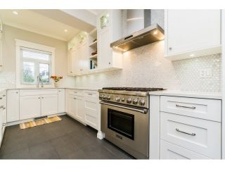 Photo 9: 3262 ONTARIO STREET in Vancouver East: Home for sale : MLS®# R2043004