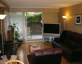 """Photo 2: 110 1011 4TH AV in New Westminster: Uptown NW Condo for sale in """"CRESTWELL MANOR"""" : MLS®# V597960"""