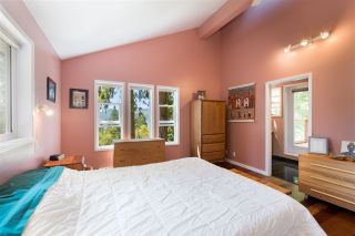 Photo 13: 5692 & 5694 CARMEL Place in Sechelt: Sechelt District House for sale (Sunshine Coast)  : MLS®# R2479426