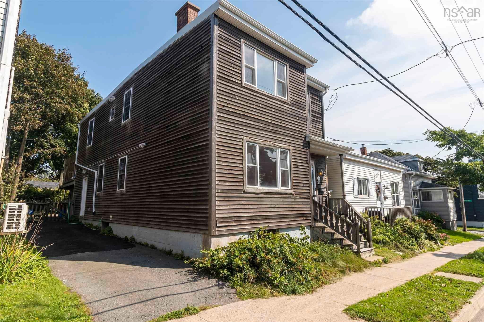 Main Photo: 3245 Robie Street in Halifax: 3-Halifax North Multi-Family for sale (Halifax-Dartmouth)  : MLS®# 202123782