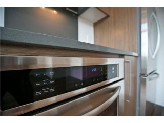 """Photo 4: 611 250 E 6TH Avenue in Vancouver: Mount Pleasant VE Condo for sale in """"THE DISTRICT"""" (Vancouver East)  : MLS®# V1025038"""