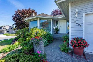 Photo 2: 12498 78A Avenue in Surrey: West Newton House for sale : MLS®# R2400774