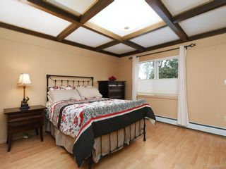 Photo 14: 303 Milburn Dr in : Co Lagoon House for sale (Colwood)  : MLS®# 854972