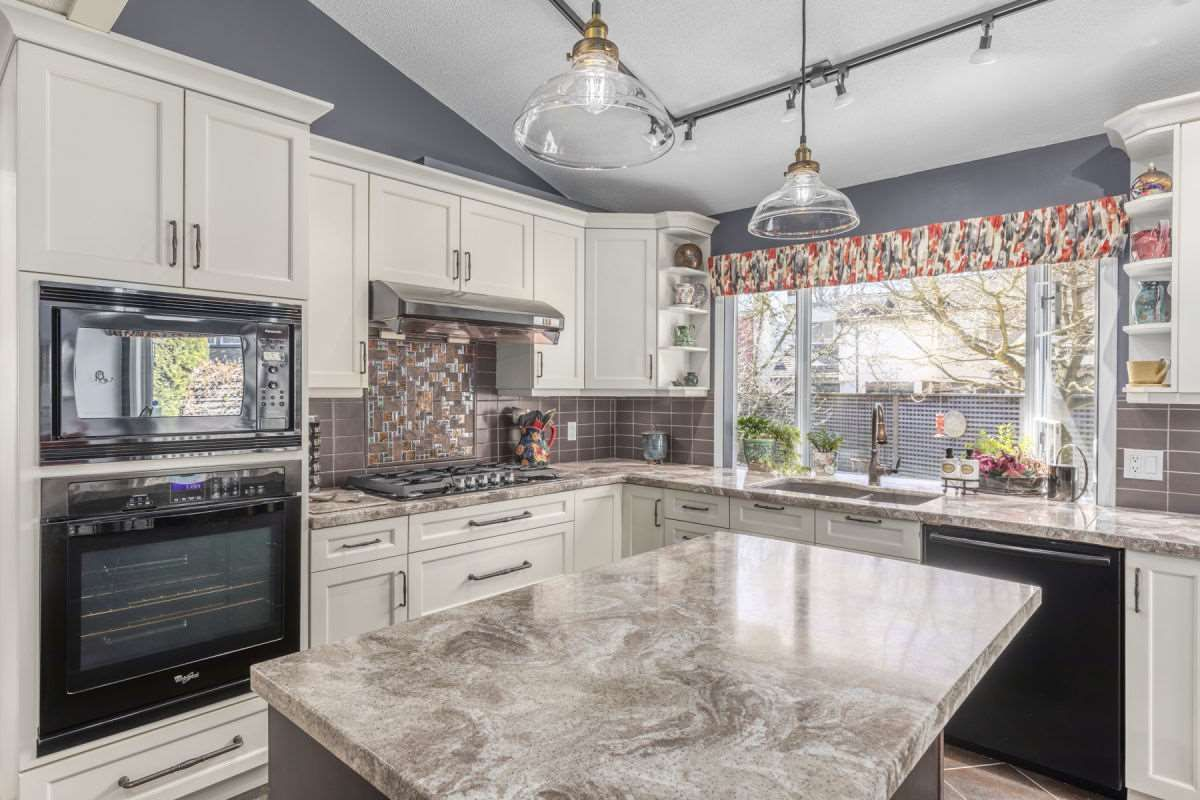 Photo 8: Photos: 9251 JASKOW Place in Richmond: Lackner House for sale : MLS®# R2353328