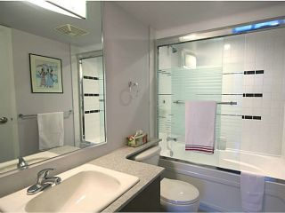 """Photo 17: 1104 4118 DAWSON Street in Burnaby: Brentwood Park Condo for sale in """"Tandem 1"""" (Burnaby North)  : MLS®# V1057568"""