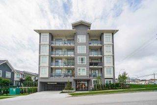 """Photo 2: 114 13628 81A Avenue in Surrey: Bear Creek Green Timbers Condo for sale in """"King's Landing"""" : MLS®# R2592974"""
