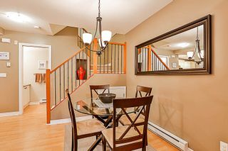 """Photo 4: 33 7488 SOUTHWYNDE Avenue in Burnaby: South Slope Townhouse for sale in """"LEDGESTONE 1"""" (Burnaby South)  : MLS®# R2176446"""