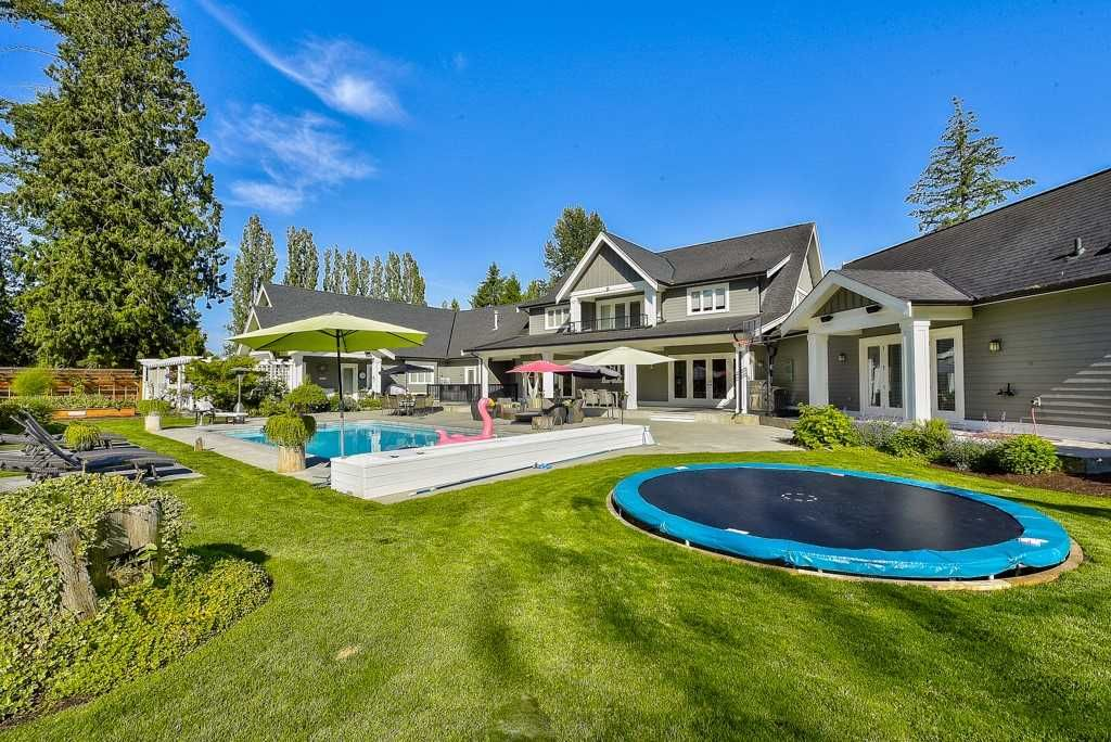 Photo 6: Photos: 20053 FERNRIDGE CRESCENT in Langley: Brookswood Langley House for sale : MLS®# R2530533