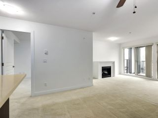 Photo 4: 312 738 E 29TH Avenue in Vancouver: Fraser VE Condo for sale (Vancouver East)  : MLS®# R2498995