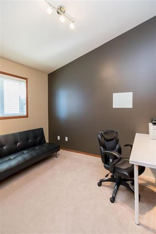 Photo 13: 140 Bridgetown Drive in Winnipeg: Royalwood Residential for sale (2J)  : MLS®# 202016170
