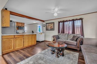 Photo 2: 8 2705 N Island Hwy in : CR Campbell River North Manufactured Home for sale (Campbell River)  : MLS®# 884406