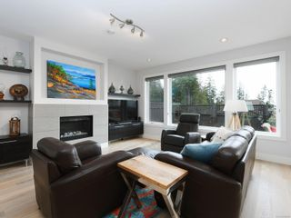 Photo 2: 446 Regency Pl in : Co Royal Bay House for sale (Colwood)  : MLS®# 866896